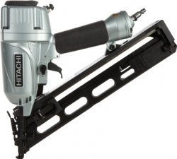 "Hitachi 2-1/2"" 15-Gauge Angled Finish Nailer w/ Air Duster"